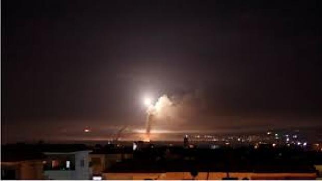 الاحتلال يقصف مواقع للمقاومة في حي الشجاعية ومدينة خانيونس